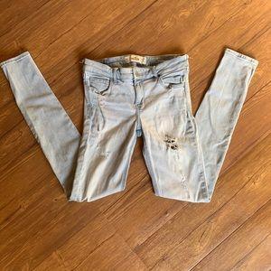2/$25 Hollister Skinny Jeans sz 5R